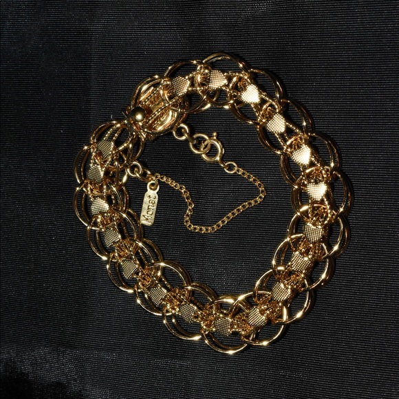 Monet Gold Plated Double Circles & Hearts NWOT